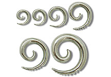 SE0540 Tribal Cut Ear Swirl