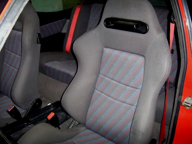 BMW - E30 M3 Sport Evo (Red Color)  Seat Belts