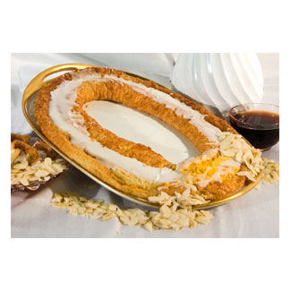 Danish Kringle by Larsen Bakery - Almond MAIN