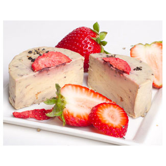Strawberry Balsamic Artisan Cheese by Reine Royal Vegan Cuisine LARGE