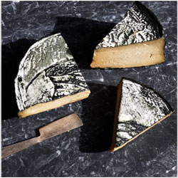 RIND Aged French-Style Plant-Based Cheese - Classic, large wedge THUMBNAIL